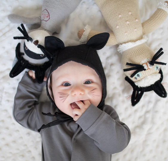 No-Sew DIY baby cat baby Costume | Primary.com  sc 1 st  Primary : skunk toddler halloween costume  - Germanpascual.Com